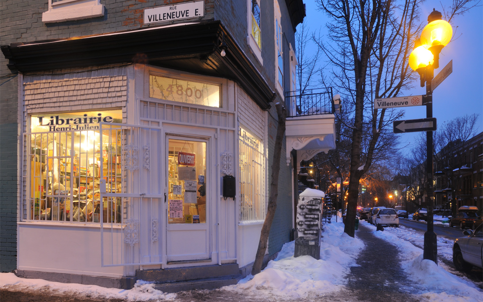 """Exploring Montreal: """"Making Of"""" Christmas Eve at the Henri-Julien Bookstore"""