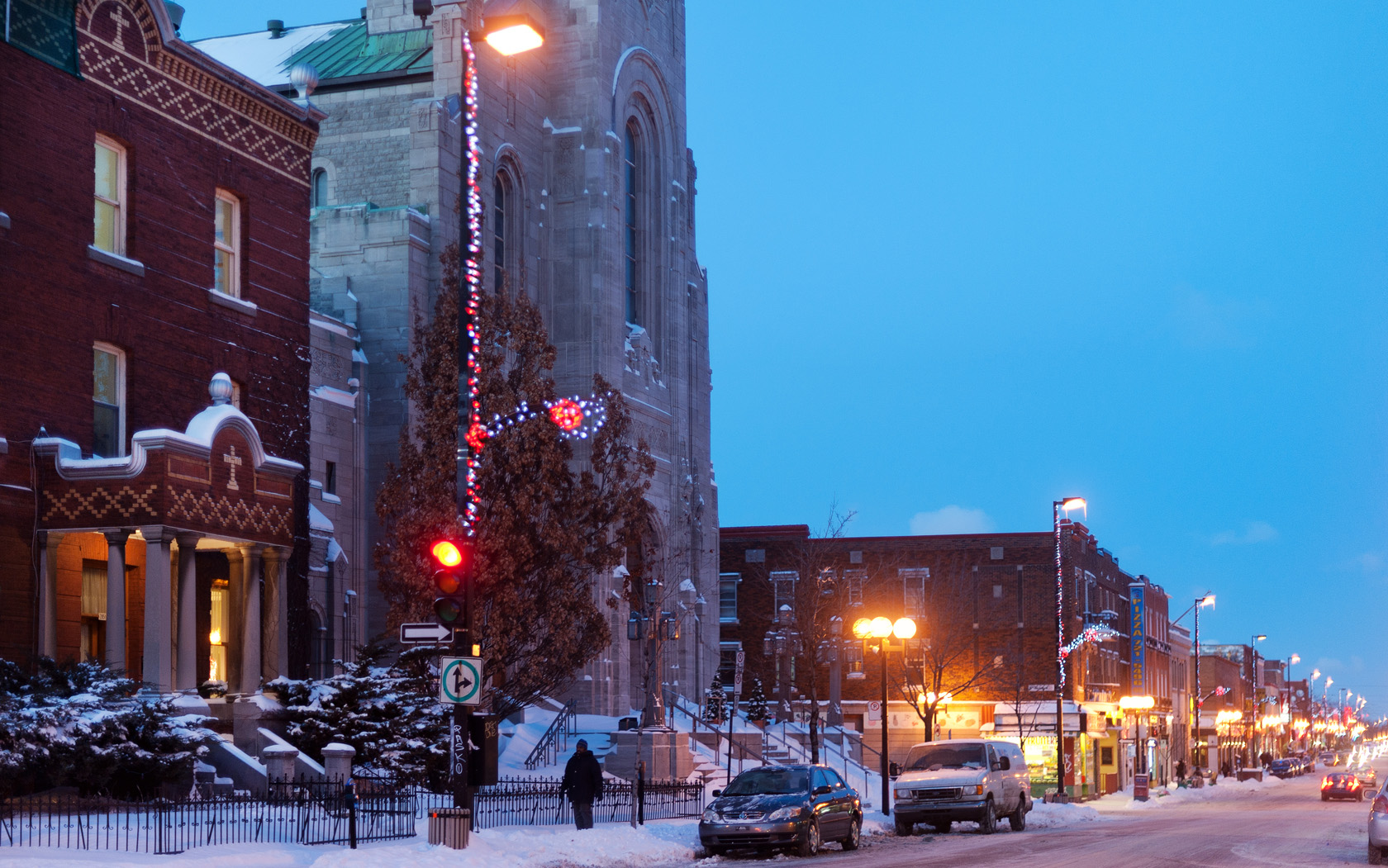 20101214-DSC_1558-montreal-rosemont-masson-street-church-web