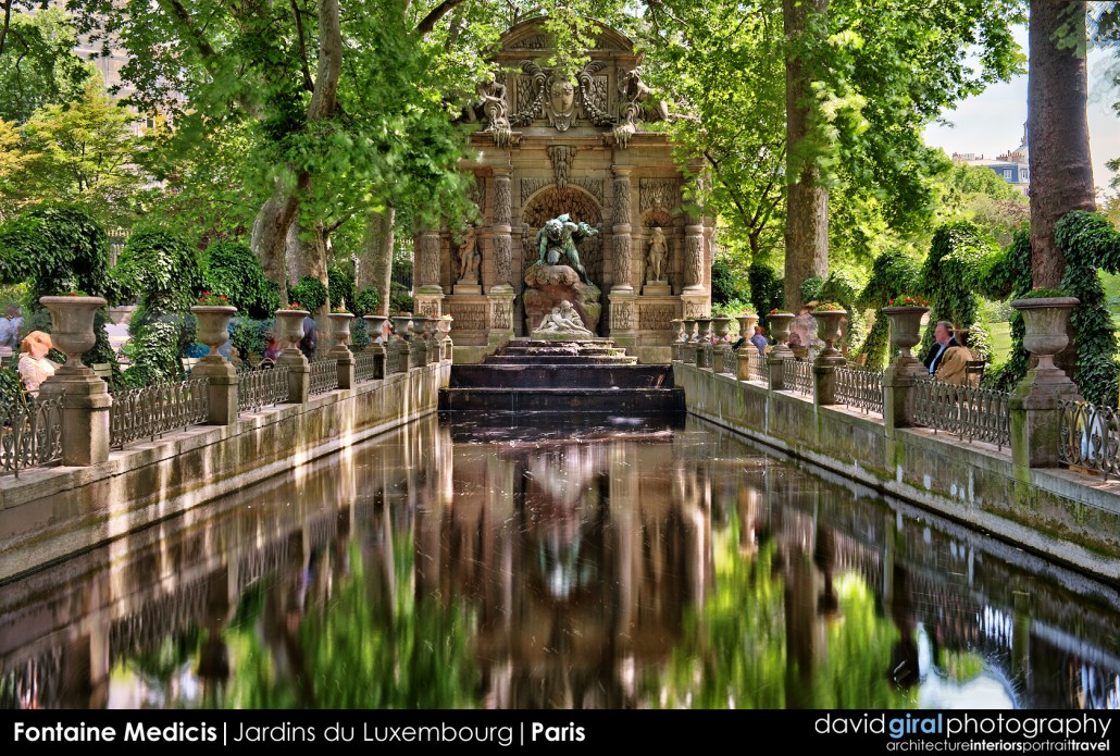 Weekly Facebook Cover Photo: Fontaine Medicis, Paris