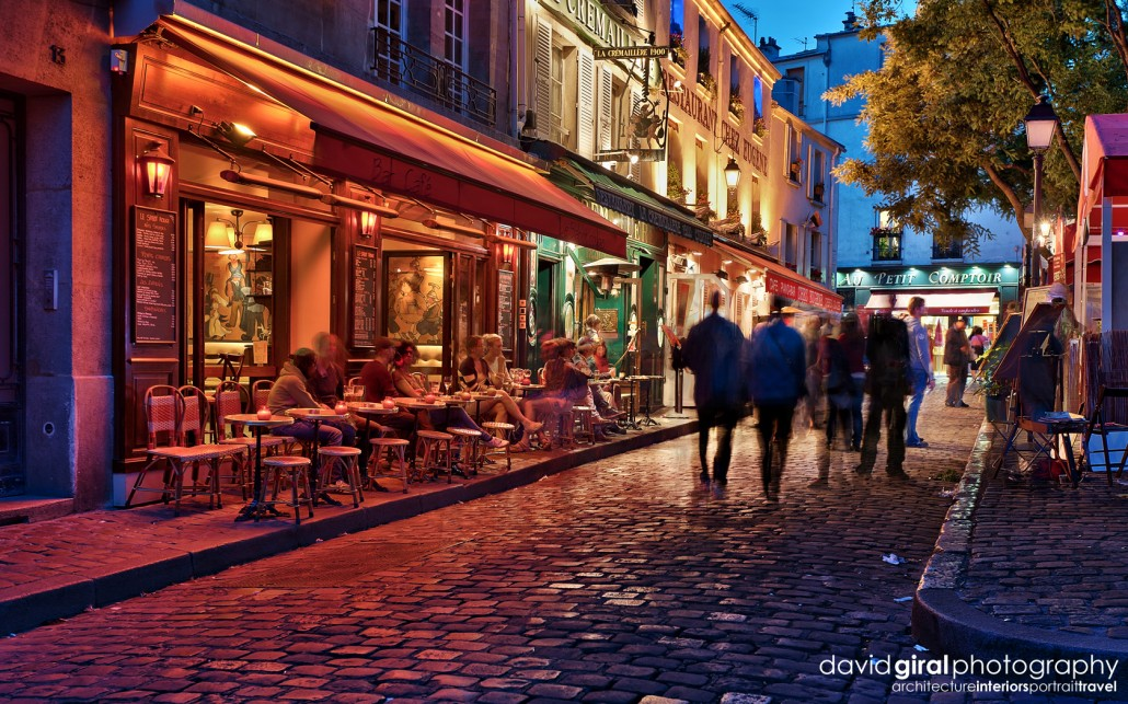 Exploring Paris: The romantic terraces of Montmartre at night ...
