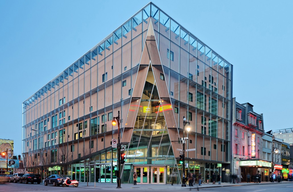 Exploring Montreal: In the heart of the city, A new Jewel of Contemporary Architecture; the 2-22 building
