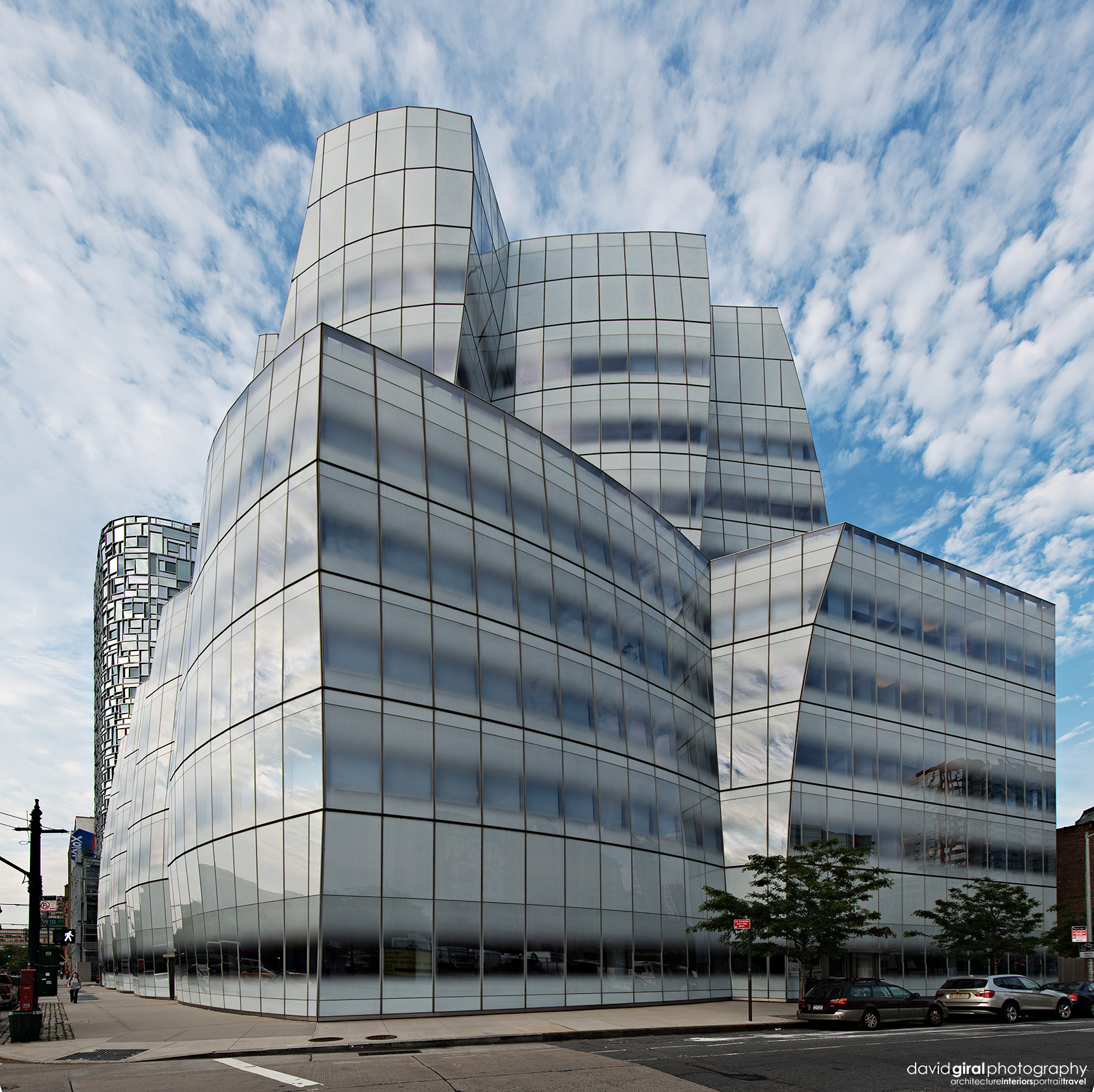 Vertical panorama of South west view of IAC Building by architect Frank Ghery Nikon D800 + Nikkor 16-35mm F/4 G VRII @ 16mm | ISO100 - 1/125s - F/8.0