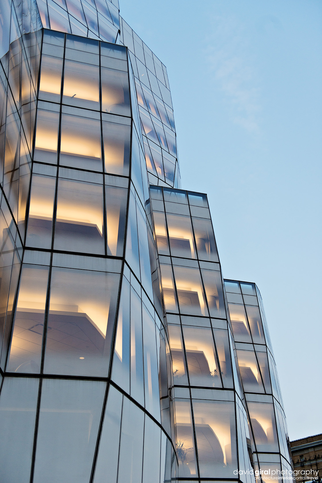 IAC Building detail at dusk by architect Frank Ghery Nikon D800 + Nikkor 24-70mm F/2.8 GI @ 45mm | ISO400 - 1/400s - F/2.8