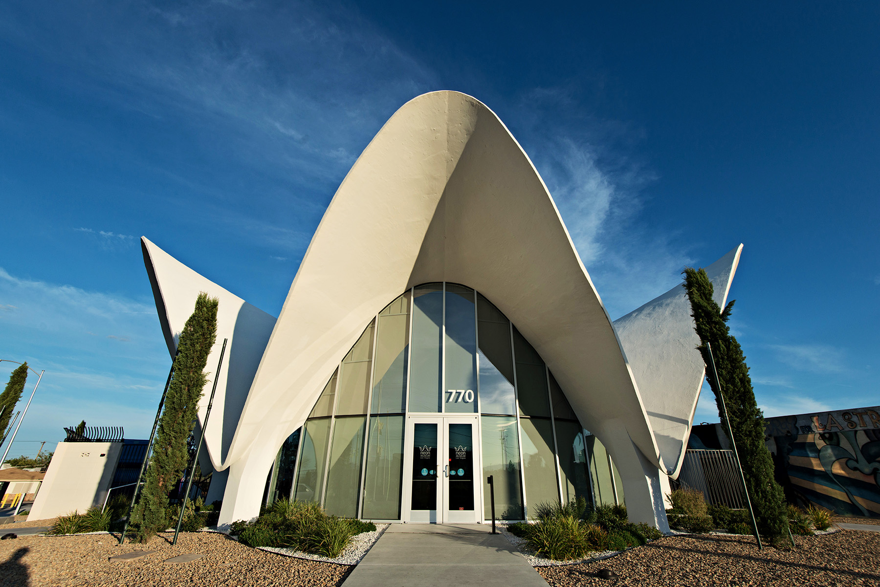 editorial-travel-photography-las-vegas-neon-museum-001