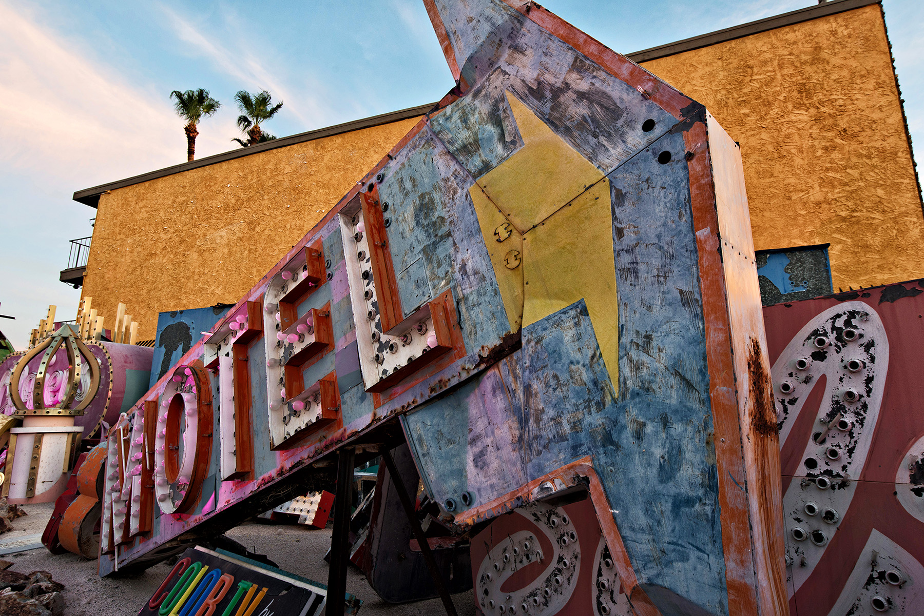 editorial-travel-photography-las-vegas-neon-museum-013