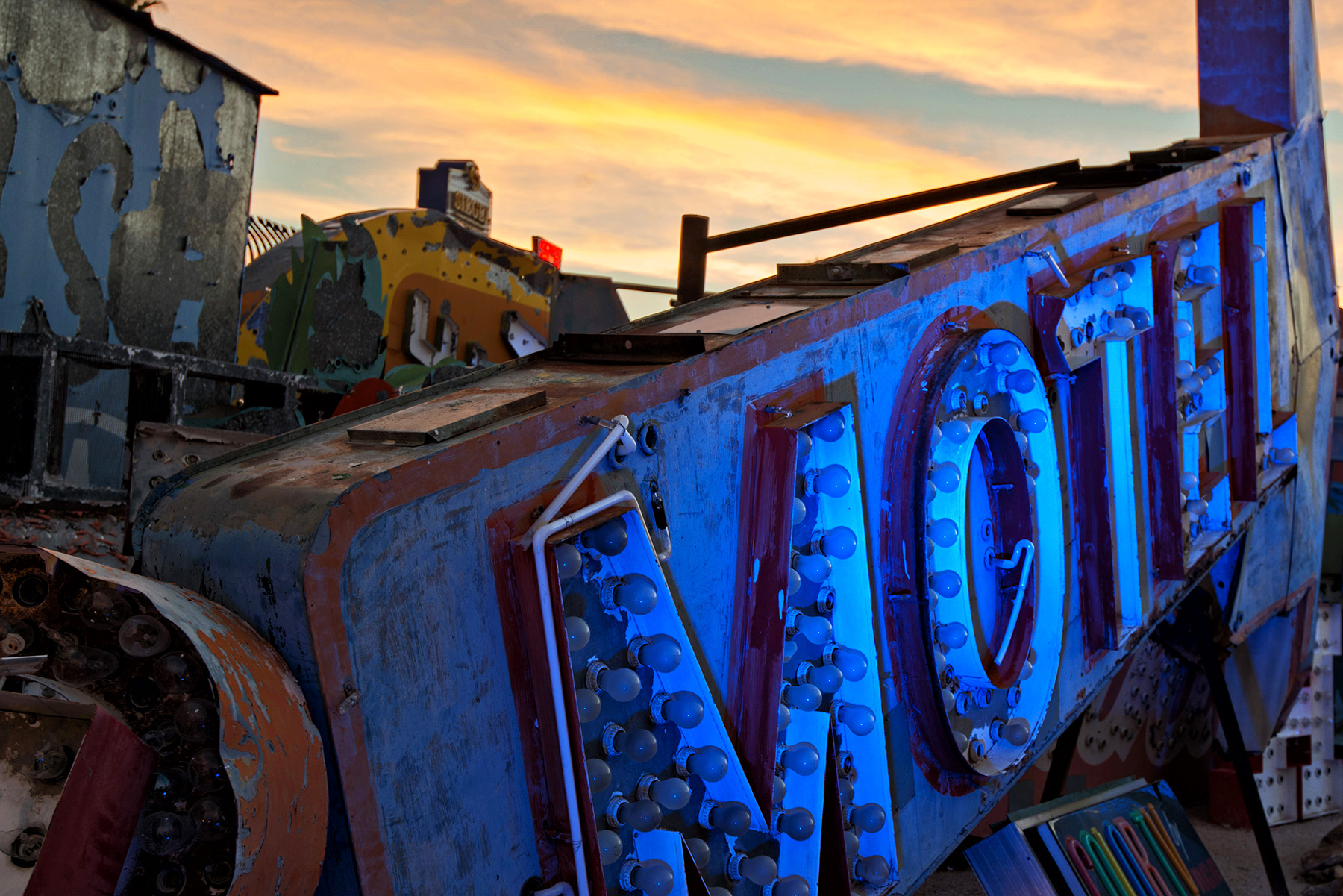 editorial-travel-photography-las-vegas-neon-museum-016