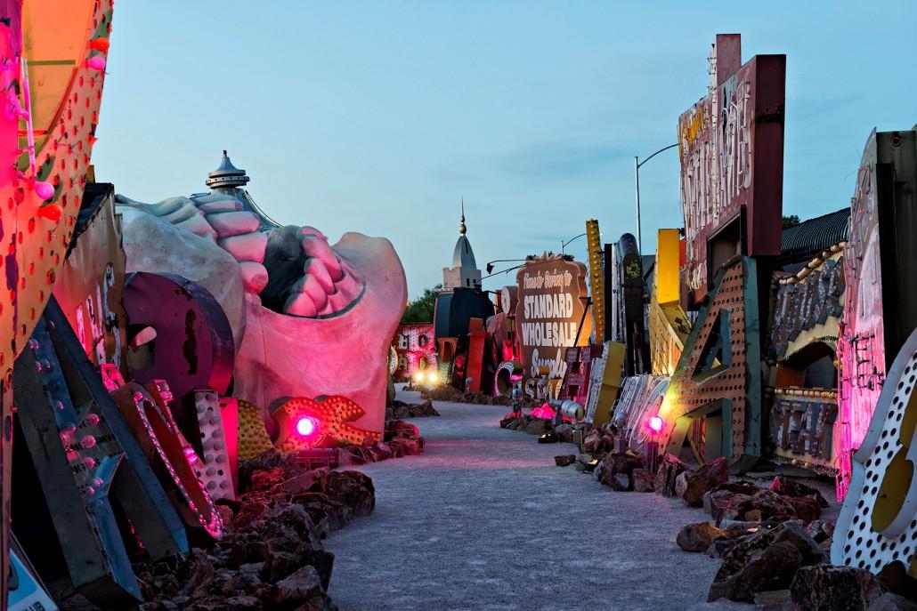 Exploring Las Vegas – Neon Museum Boneyard