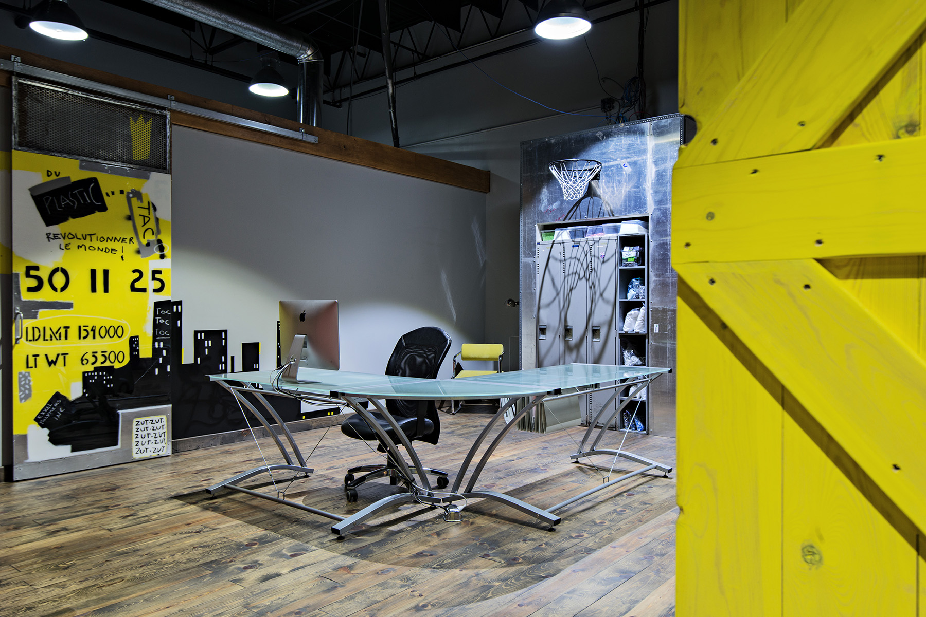 interiors-photography-montreal-industrial-workspace-005