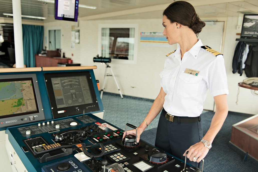Just Off The Press: Kate McCue first female captain of a Megaton Cruise ship for Cosmopolitan Magazine